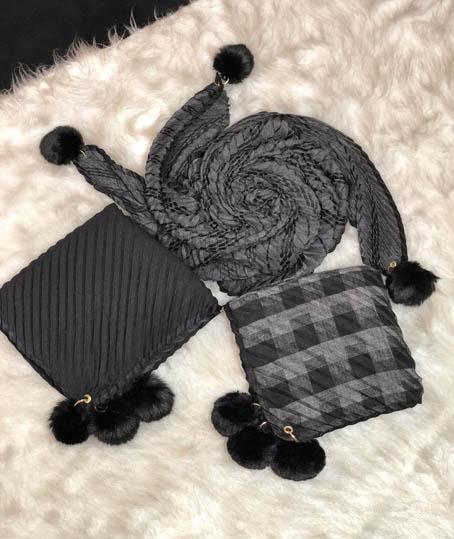 روسری نخی پوم دار کد 5740